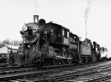 C-332 Старинный поезд 200х147 Черно-белое