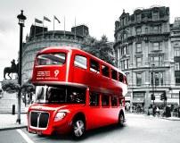 C-389 Красный автобус 300х238 Черно-белое