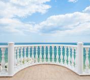 D-040 Балкон с видом на океан 300х270 Окна - Балконы