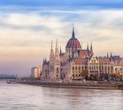 C-084 Будапешт 300х270 Замки - Соборы - Церкви