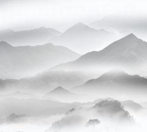 T-078 Горы в тумане чб 300х270 Принты-Фоны